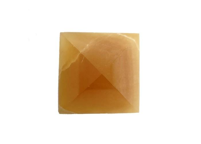 Пірамідка з онікса медового 5х5см