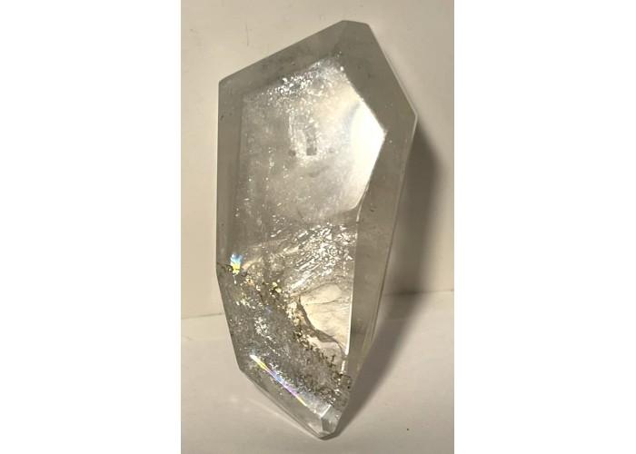 Кристалл топаза на подвеске 225 карат