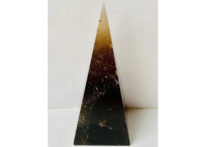 Пірамідка з димчастого кварцу розмір основи 4х4 см
