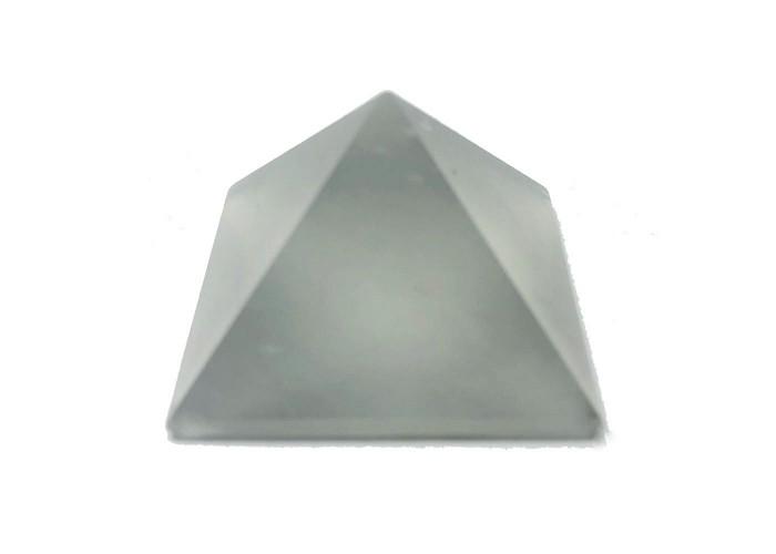 Пирамидка кварц 2х2 см