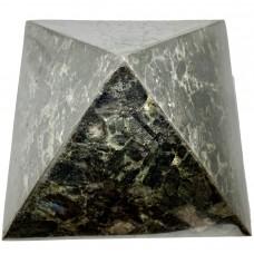 Пирамида из лабрадорита 21х21см