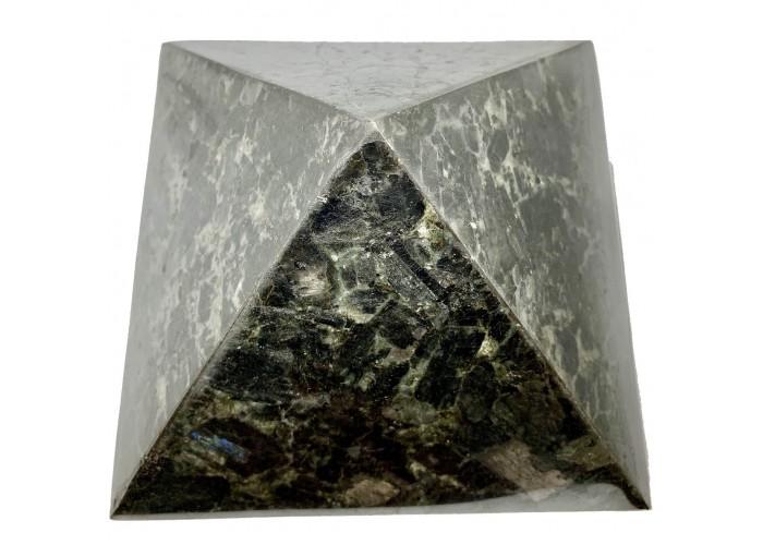 Піраміда з лабрадориту 21х21см
