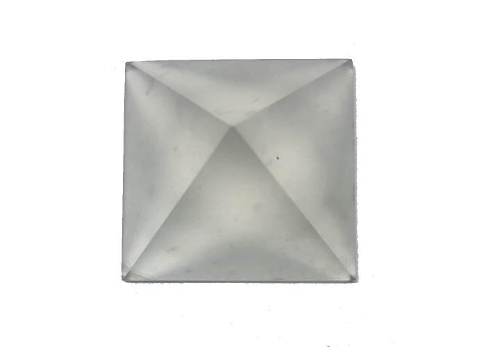 Пирамидка из горного хрусталя 1х1см