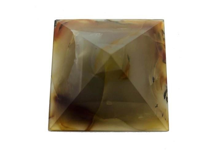 Пирамидка из сердолика размер5х5см