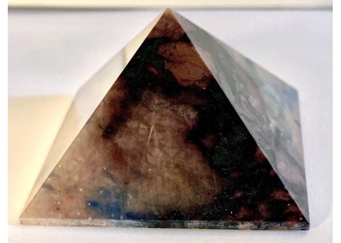 Пирамидка из содалита размер 5х5см