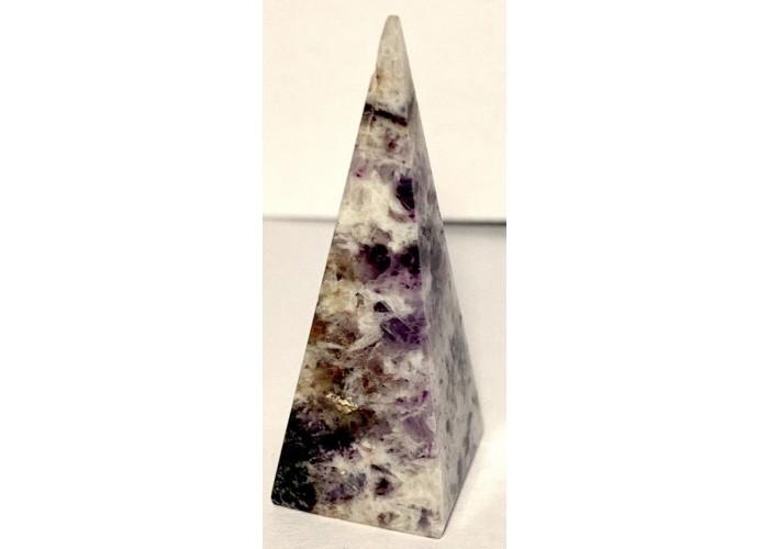 Пірамідка з аметисту