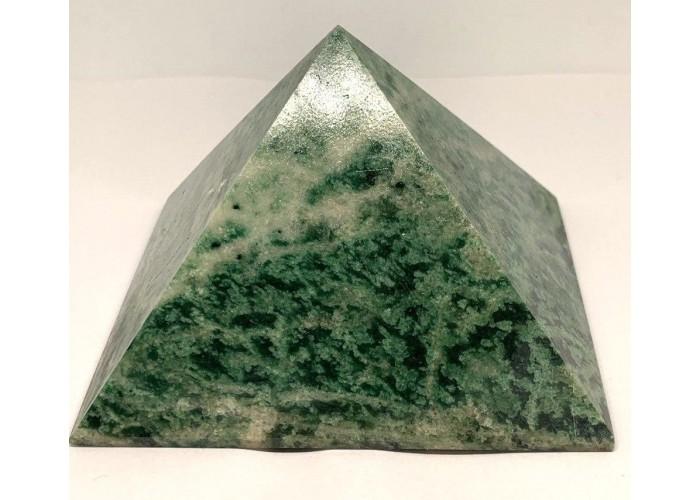 Пирмида из лиственита 9.5х9.5см