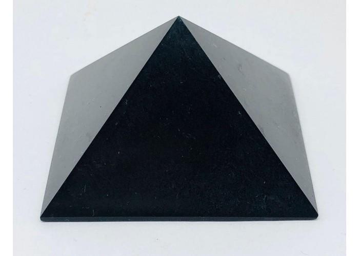 Пірамідка з чорного нефриту 5х5 см