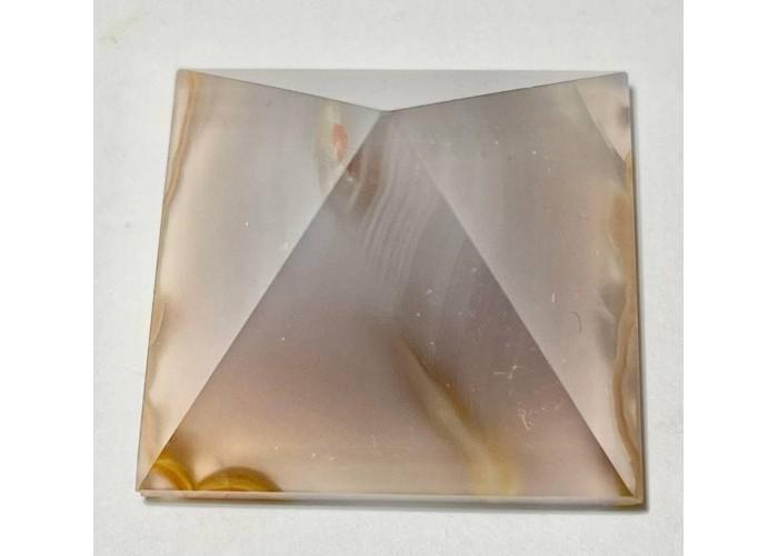 Пірамідка з агату розмір 4 х 4 см